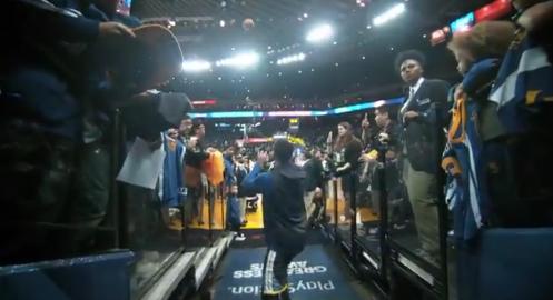 【影片】柯瑞命中通道投籃樂瘋狂舞 LOGO SHOT?家常便飯啦-Haters-黑特籃球NBA新聞影音圖片分享社區