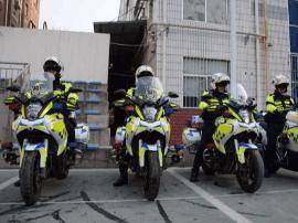 """8月1日漳州市区""""骑警队""""上路执勤 90后占多数"""