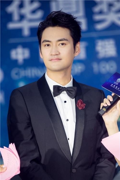 袁弘华鼎奖获最佳男演员 两项提名演技双重认可