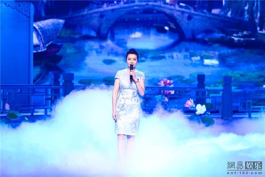 """江珊再唱《梦里水乡》 总决赛掀""""回忆杀"""""""