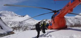 视频|直升机滑雪 野雪就该这么玩!