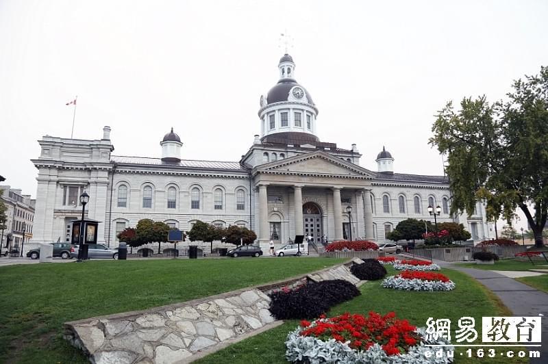 """【前途,在路上】留学加拿大,那些踢爆冷门的""""小众专业"""""""
