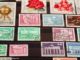 山西父子集邮迷:方寸间传播中外文化