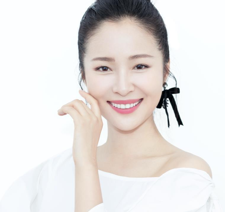 青年电影节倒计时 文艺女神江一燕出任形象大使