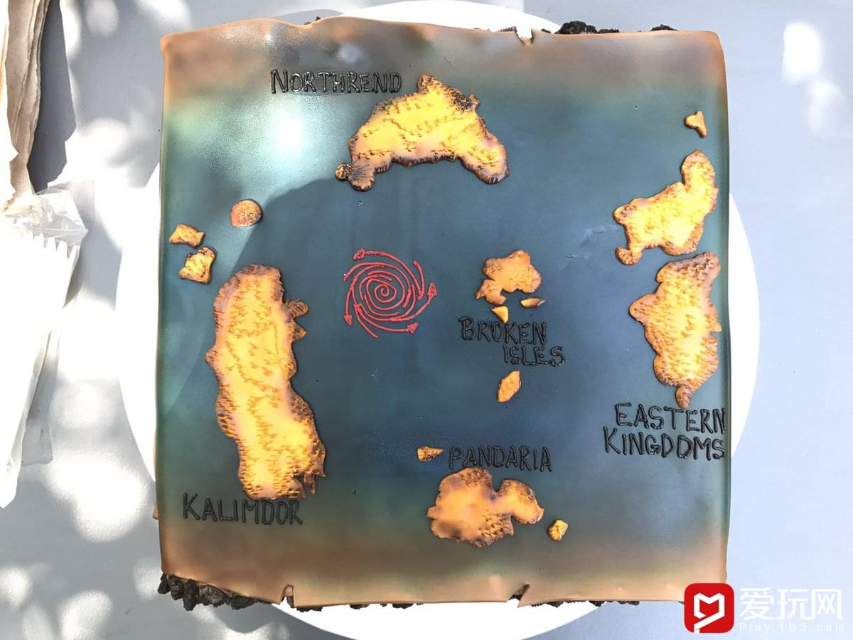 魔兽开发组7.3上线Party 艾泽拉斯地图蛋糕惹眼