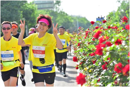 2018北京通州半程马拉松完美收官 引领全民狂欢