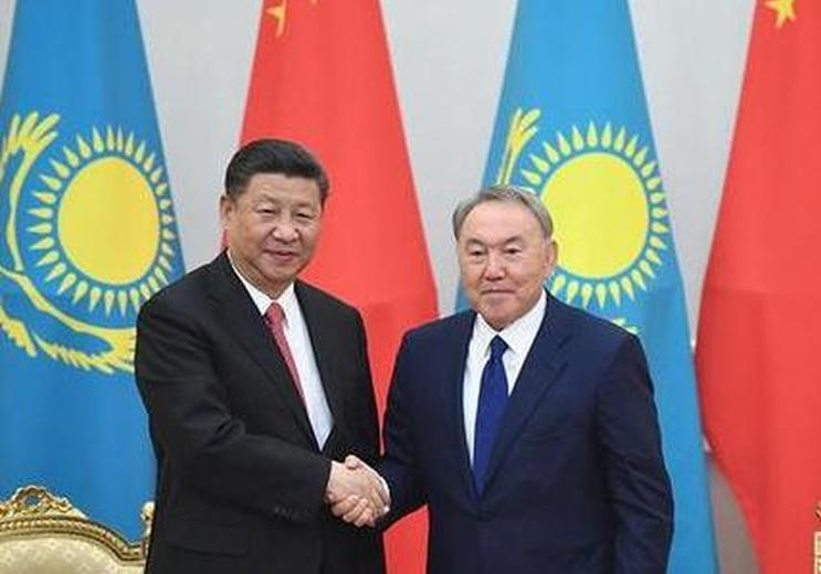 习近平访问哈萨克斯坦