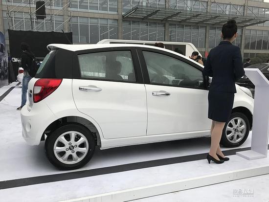 补贴后售4.95万元起 江淮3款电动车上市