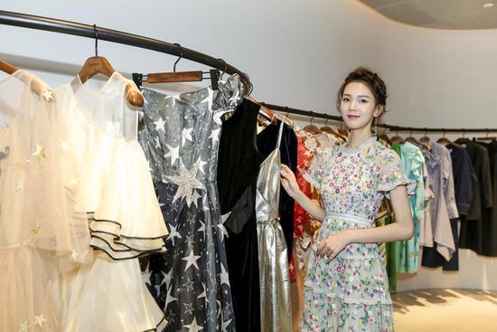 2017 VOGUE FNO首站北京开幕风格艺术点亮摩登不夜城