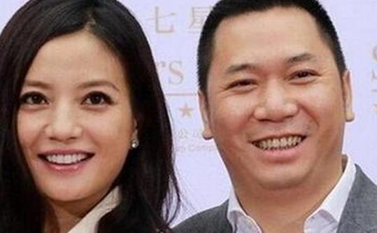 国乒劳模也曾与赵薇划清界限,1前任现已3婚,小燕子嫁老司机风光不再