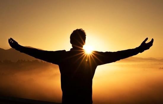 补维生素D不只靠晒太阳 多吃这7种食物