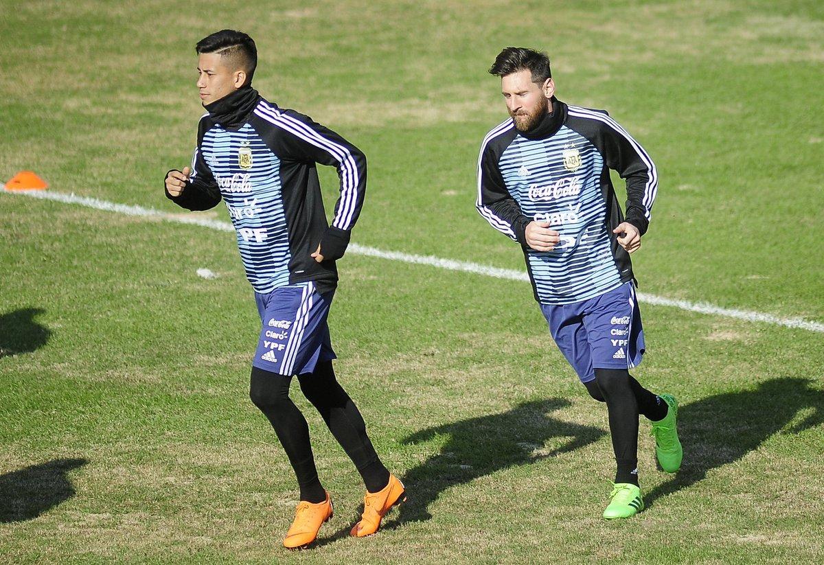 当国脚俩月就踢世界杯 阿根廷神秘人角球直接