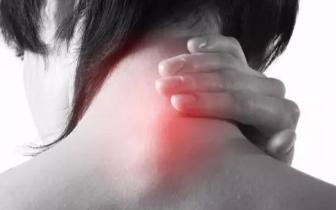 """脖子一转就""""咔咔""""响,是颈椎病吗?夏天颈椎最怕6件事"""