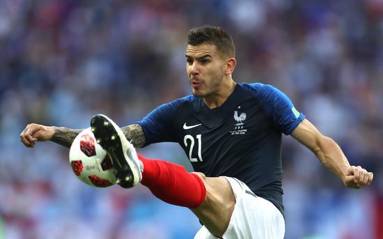 他因家暴女友无缘入籍西班牙 却在几个月后随法国夺冠!