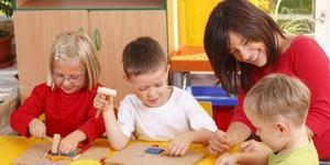 花几万元带孩子去上早教课 到底值不值得?