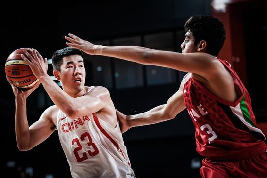 U18亚青赛-中国91分狂胜阿联酋开门红 王泉泽24+9