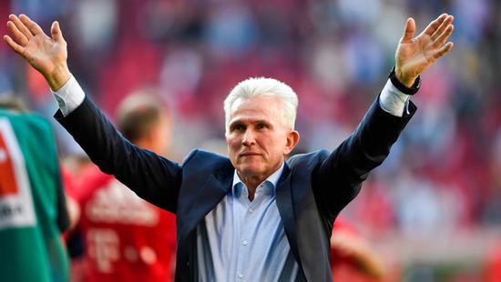 克罗斯当选德国足球先生 海因克斯当选最佳教练