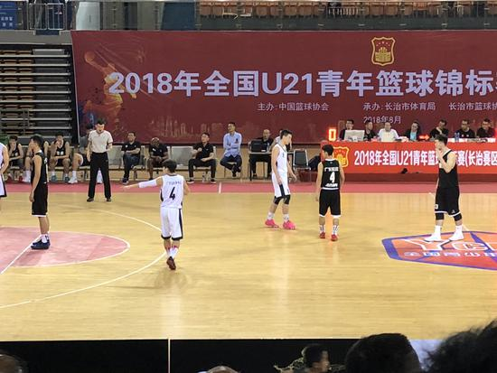 曲绍斌带队征战U21青年联赛