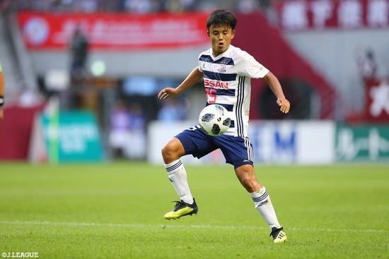 巴萨昔日的17岁日本梅西 在老白面前破门!命运啊