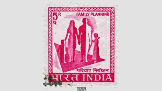 印度控制生育靠女性结扎,大多数没用过避孕套