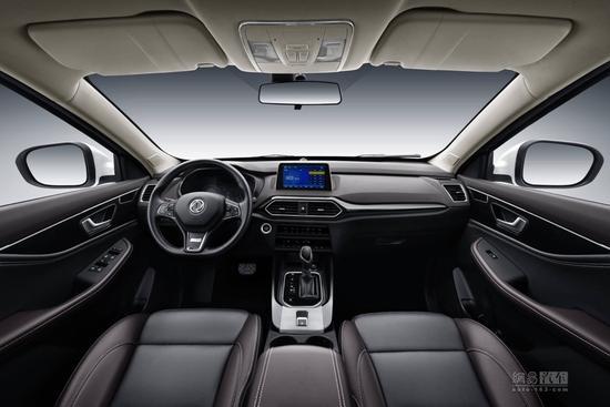 新增1.8L智联型 新款风光S560售7.99万起