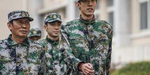 中國田徑隊也軍訓 穿軍裝英姿颯爽