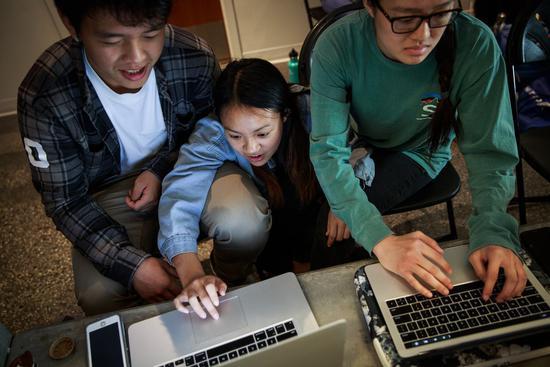 亚博_月薪给5万都不愿意去实习,年轻工程师开始远离Facebook