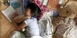 一位父亲用照片记录女儿的中考 戳中泪点