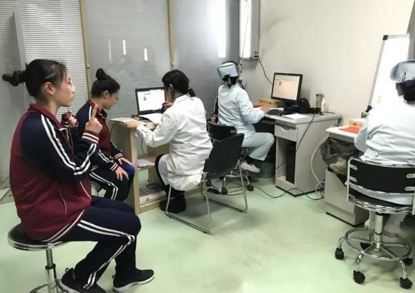 北京:2017年高招体检完全合格人数占10.37%