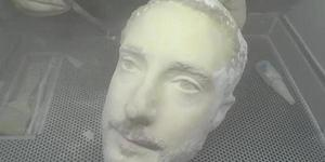 手机人脸识别被3D打印人头破解