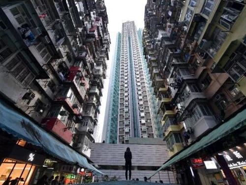 """""""全球最贵房价"""" 跌落神坛!但香港政府更加强硬"""