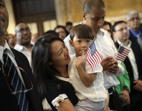 美国会议员:参与911救援无身份移民有望获绿卡