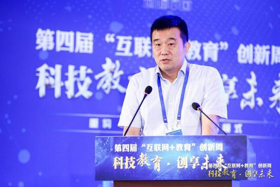 中国教育科学研究院党委书记殷长春