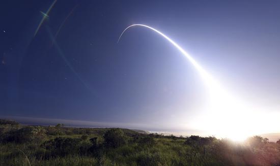 北大青鸟夏威夷误报导弹来袭背后,是过于高效的互联网智荟