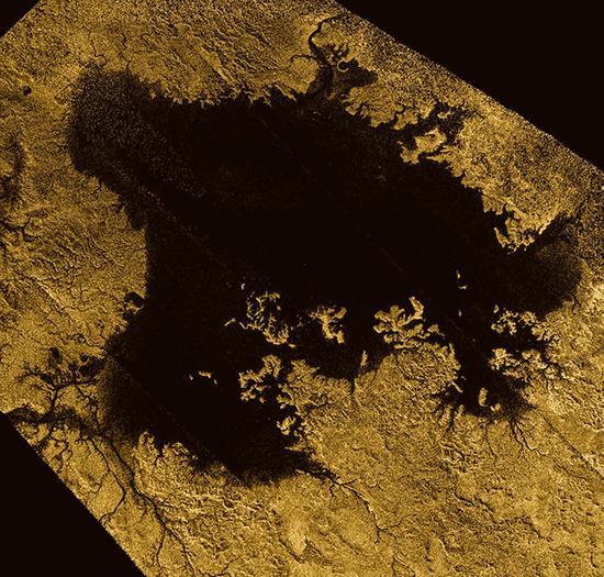 土卫六表面地图绘制完成,和地球惊人相似!