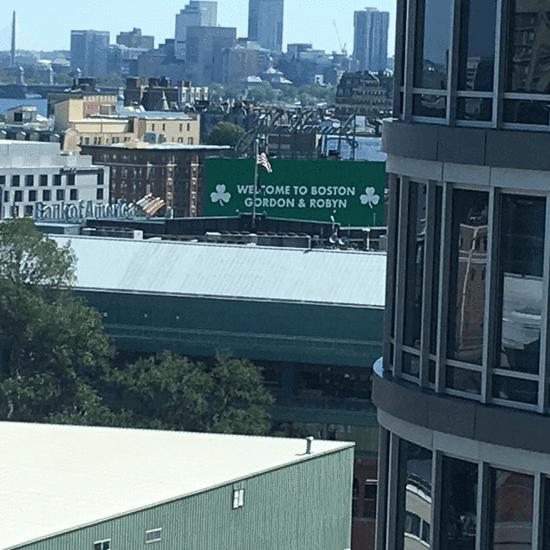 小刺客陪海沃德夫婦遊波士頓 借詹皇KB之口自誇