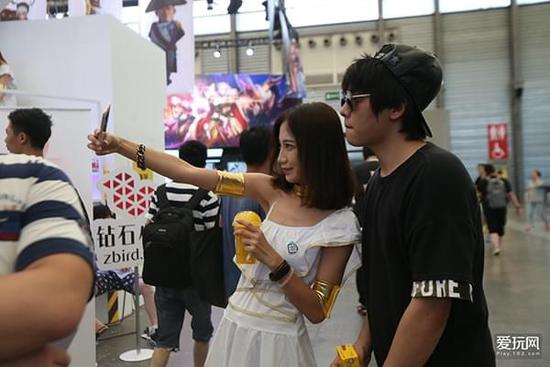 网易爱玩2017ChinaJoy:第三波现场美女速递