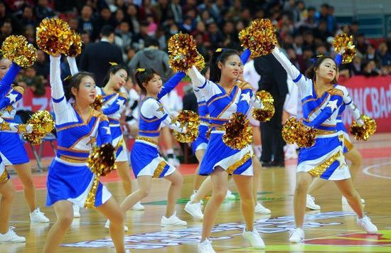 高校姑娘助阵八一女篮 南昌篮球宝贝走向WCBA