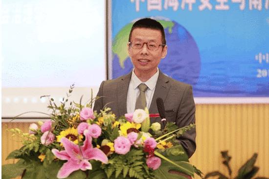 党委书记、校长陆丹致开幕辞