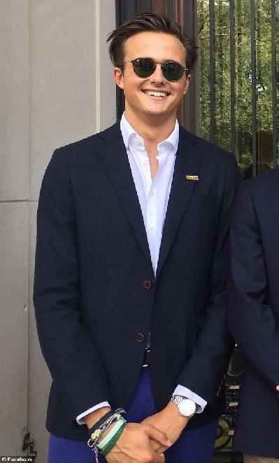 罗里·法夸尔森,来自英国,是哈佛大学二年级的学生