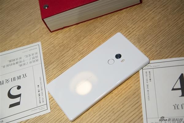 小米MIX白色版开箱图赏的照片 - 10