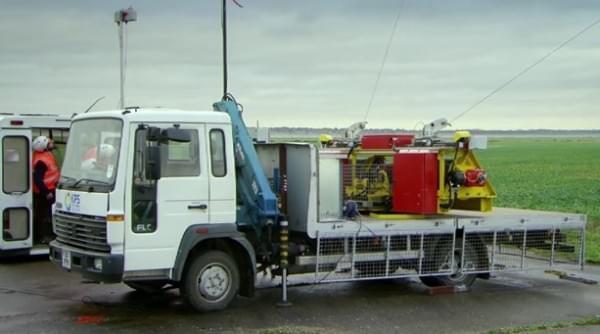风筝发电 英国人民将用上450m高空送来的电力的照片 - 2