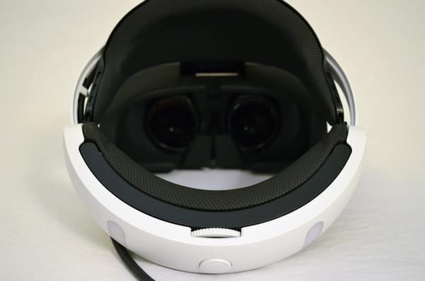 索尼PS VR零售版开箱 附赠这几款游戏大作的照片 - 11