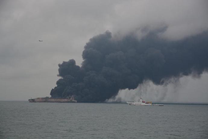金沙娱乐赌场官网:巴拿马油船与香港货船在东海相撞起火_32人失联