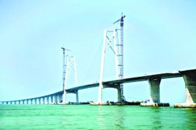 港珠澳大桥今日贯通 全长22.9公里
