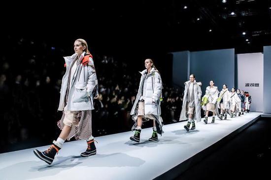 羽绒服专家携手国际设计师大师,波司登X国际设计师联名款发布