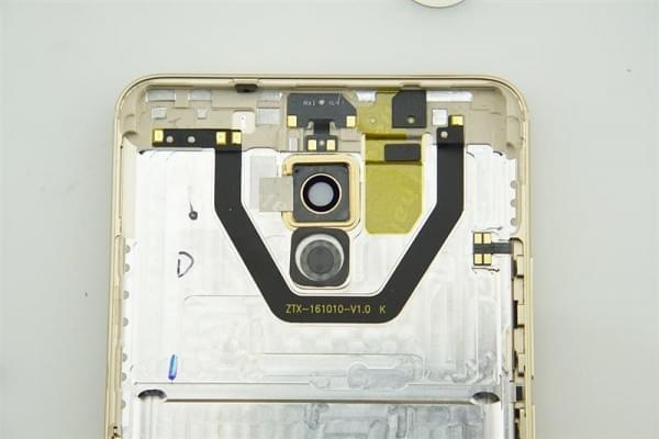 魅族Pro 6 Plus拆解评测的照片 - 11