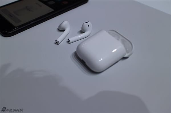 iPhone 7必买 1288元苹果无线耳机AirPods图赏的照片 - 1