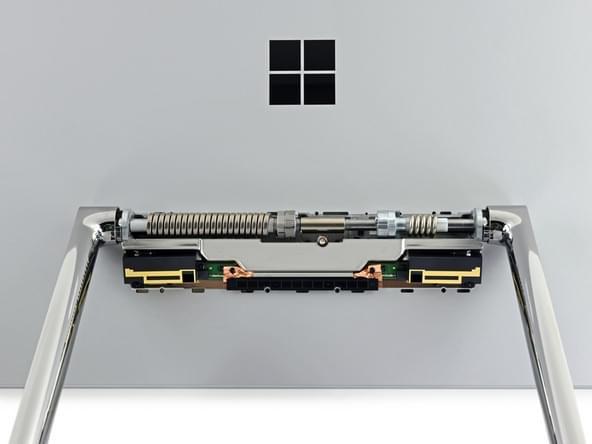 Surface Studio拆解:内部有ARM处理器 可轻松更换硬盘的照片 - 37