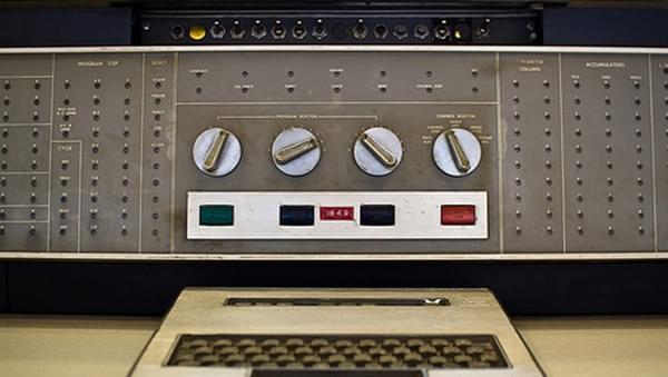 世界第一块硬盘 IBM大佬走过47年辉煌历史的照片 - 4